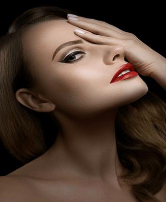 Modelo SEDECA de Honduras TIGI Cosmetics